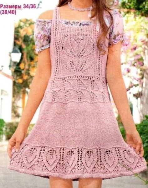 Платье-сарафан на бретелях. Вязание спицами.