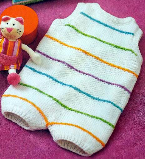 Детский комбинезон в разноцветную полоску. Вязание спицами.