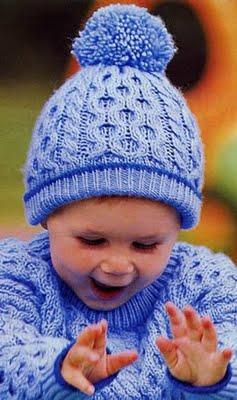 Шапочка для малыша.  Вязание спицами